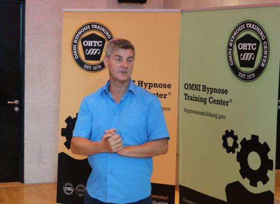 Mike Schwarz Ausbilder in Hypnosetherapie